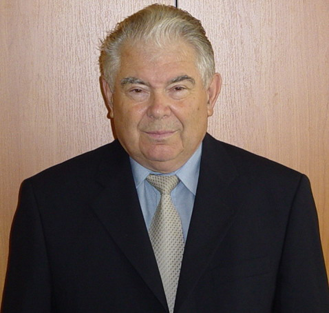 Prof. univ. dr. Adrian NECULAU