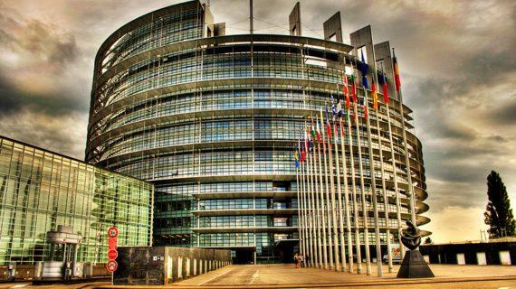 Conferinţă: Parlamentul European-actualitate şi perspective