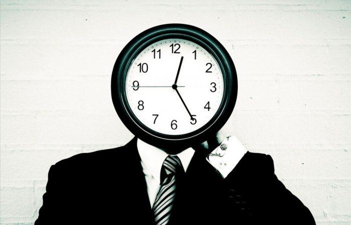 CRILIA îți pune următoarea întrebare: Tu știi cât e ceasul?
