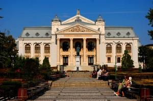 Teatrul_National_Vasile_Alecsandri_din_Iasi