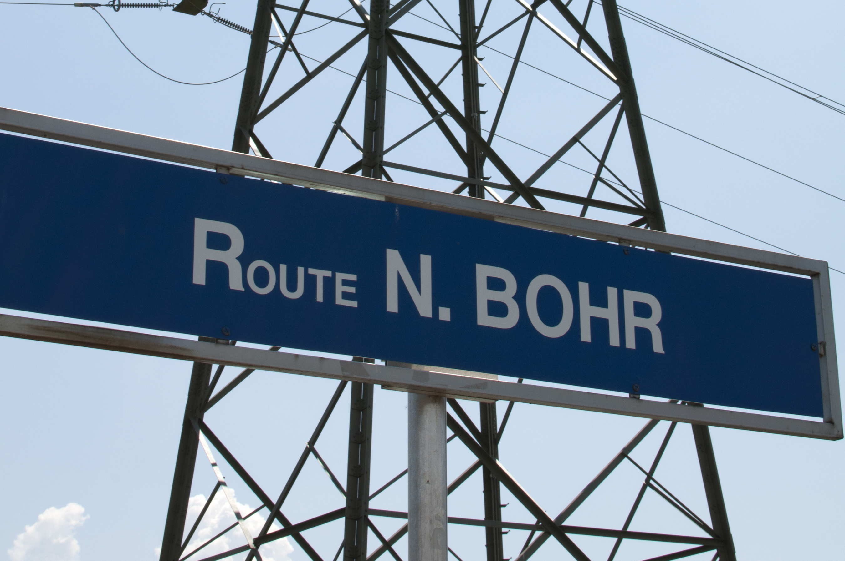 route-bohr-sign