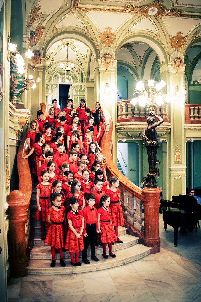 Opera Națională Română din Iași marchează Ziua Internațională a Copilului