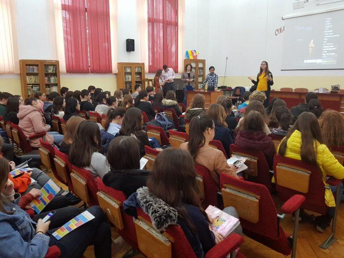 Peste 900 de elevi din regiune au interacționat cu angajatorii din Iași, în cadrul Caravanei UAIC