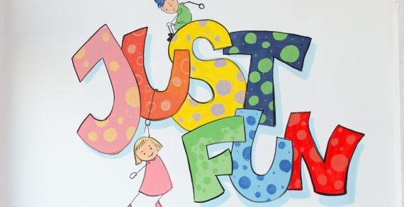 Just Fun caută supraveghetor/animator copii